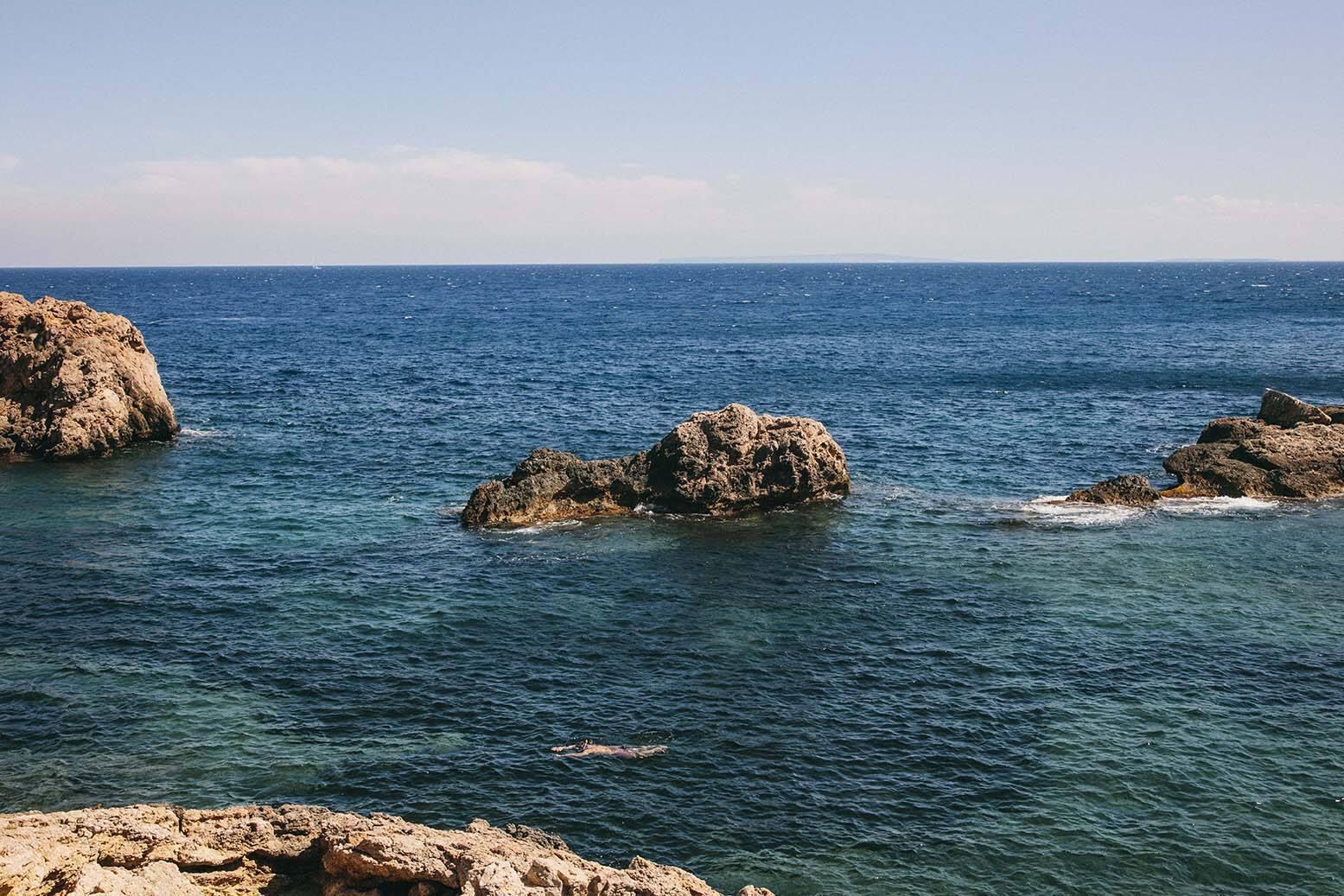 Cala olivera a beautiful tranquil spot in ibiza estrella damm - Roca llisa ibiza ...
